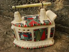 Утюг из керамики с росписью