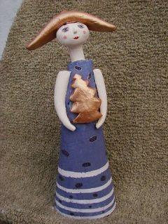 Новогодняя игрушка из керамики, расписанная вручную